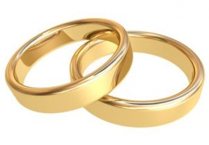 cropped-gold-wedding-bands.jpg